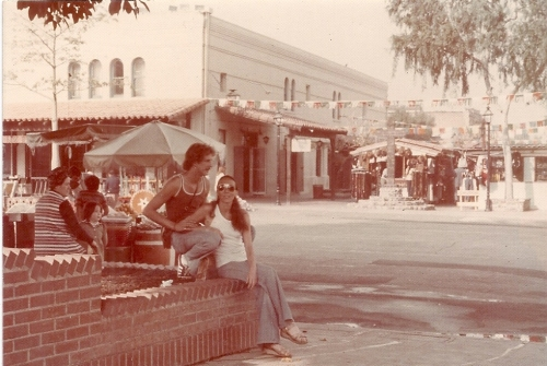 Jose and Ludmila sitting in the street of Guatemala