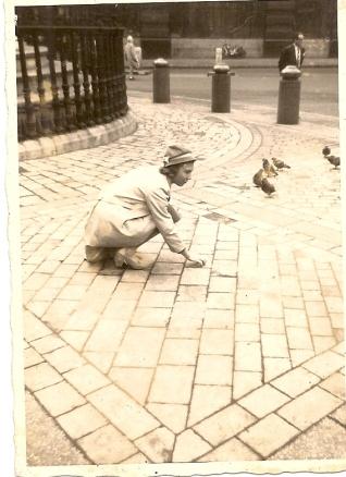 """""""London"""" 1957."""
